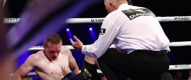 Her blir Hagen sl�tt knock out i tredje runde