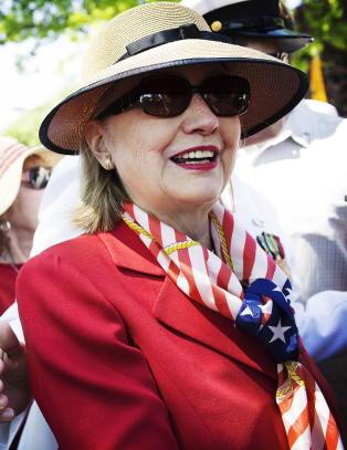 Hillary Clinton tar f�rste skritt mot valgkampen