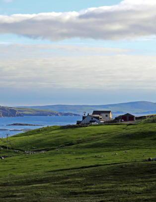 Shetland vurderer � bryte vekk fra Skottland hvis det blir �ja�
