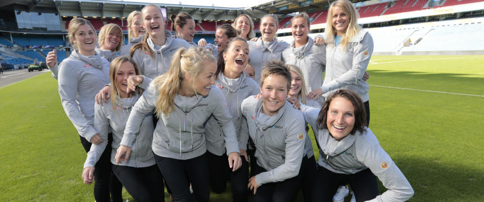 Kvinnelandslaget klatrer