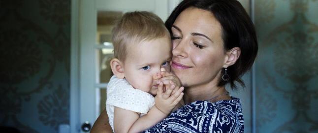Lunas (1) mamma har ikke tid til � vente p� at norske leger skal bestemme seg