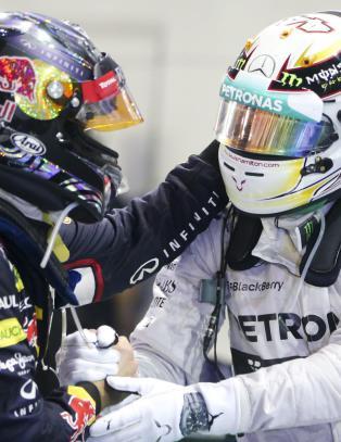 Hamilton overtok formel 1-ledelsen