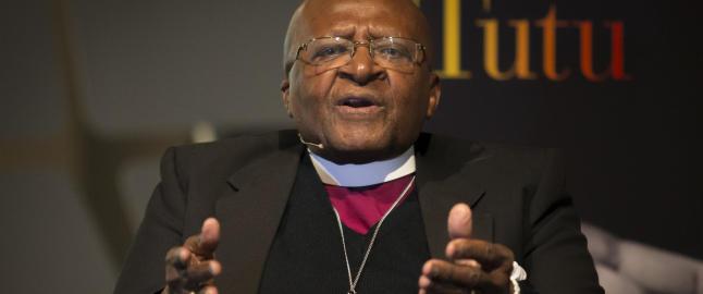 Desmond Tutu �pner for � tilgi Anders Behring Breivik