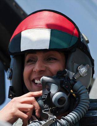 - Problemet er bare at hun ikke klarte � parkere flyet etter at hun hadde bombet IS
