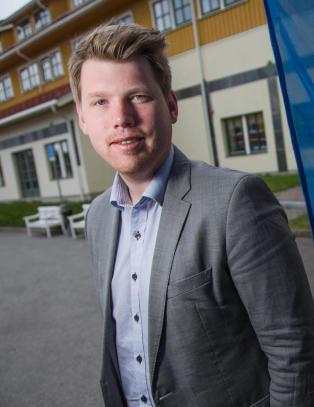 Mener Krf og Venstre saboterer: - Bare ute etter � nulle ut hverandres politikk