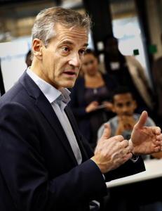 Jonas Gahr St�re vil ikke svare Venstre