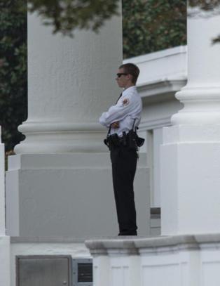 Det hvite hus-inntrengeren skal ha kommet mye lenger enn hva Secret Service har innr�mmet