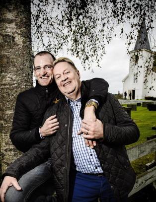 Kirke har snudd, �ivind og Morten f�r si ja likevel