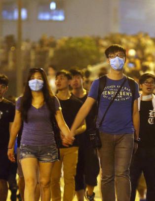 Venter 100 000 demonstranter i Hongkong i natt