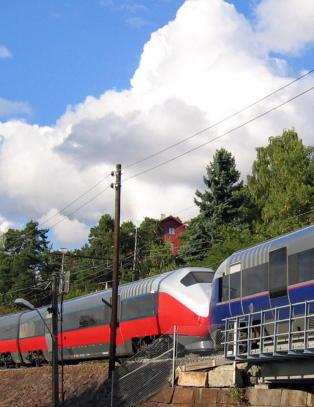 To menn p�grepet etter funn av bag med 10 kilo kokain p� Oslo-tog