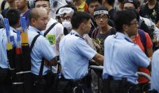 Hongkong-aktivister blokkerer kontoret til byens leder