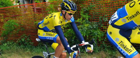 Kneskade stopper sesongen for Contador