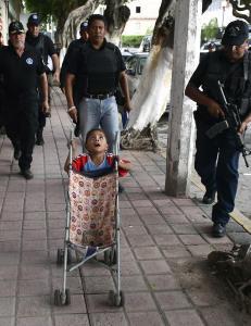 Avv�pner politiet etter massedrap i Mexico