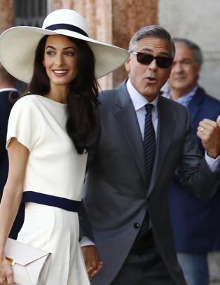 Har George Clooney redusert seg selv til en trof�kone?