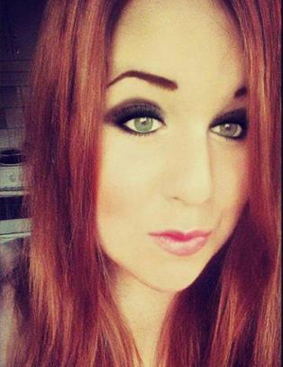 Ingen grep inn da ten�ringsgjeng mobbet jente med Downs syndrom p� trikken. S� fikk Sandra (19) nok