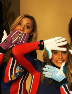 Therese Johaug er  blitt sponsor for tre lagvenninner