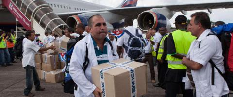 Cubanske helsearbeidere leder an i kampen mot ebola