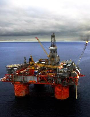 �rets oljeinvesteringer blir 25 mrd. lavere enn i fjor