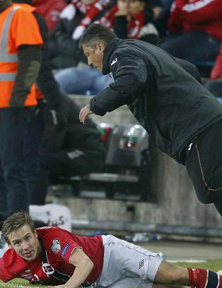 Illsint Johansen taklet Bulgarias trener. Da ble det br�k