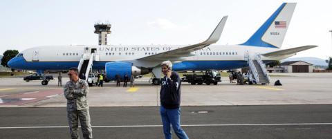 Kerry m�tte sette igjen flyet sitt i Wien
