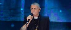 Sinead O'Connor dumpet fra American Music Awards etter at paven nektet samarbeid