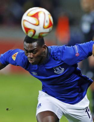 Everton topper tabellen og er ubeseiret i Europa League