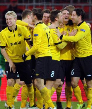 Det svenske laget gikk fra 1-0 til 7-1 p� 30 minutter. N� er �tte personer siktet for kampfiksing