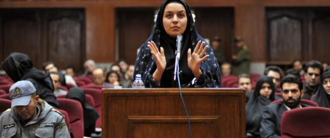 Da Reyhaneh (26) ble fors�kt voldtatt, tok hun livet av voldtektsmannen. N� er hun henrettet