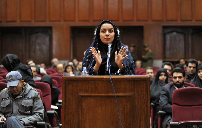 Hengt for � ha drept mann som fors�kte � voldta henne: -  N� m� Brende kalle Irans ambassad�r inn p� teppet