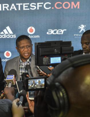 Sør-Afrika har mistet sin tredje idrettsprofil på fem dager