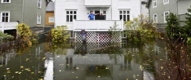 Store vannmengder skaper problemer p� Vestlandet