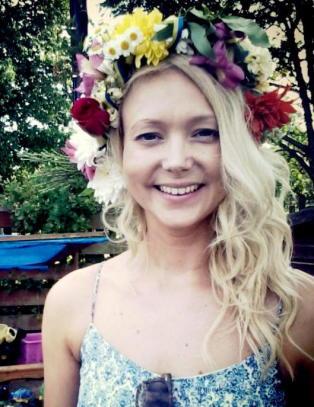 Jente (15) tiltalt for overlagt drap p� Anna (30) p� barnevernsinstitusjon