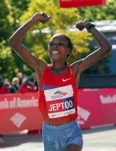 Verdens beste kvinnelige maratonl�per avga positiv dopingpr�ve
