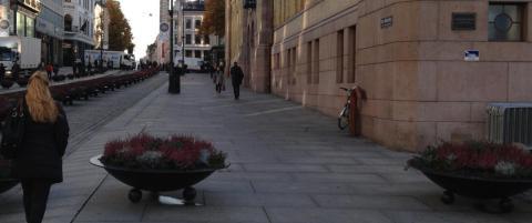 Dagbladet fant sikkerhetshull: Her er det fri bilvei til stortingstrappa