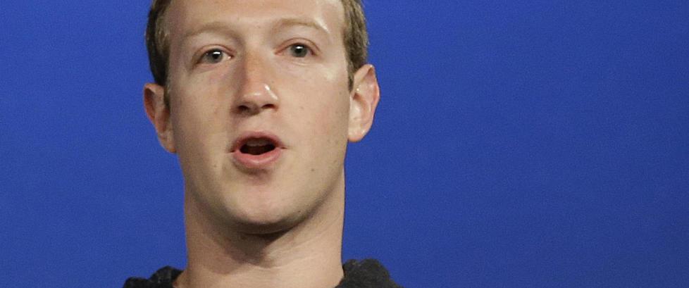 Mark Zuckerberg innr�mmer: - Det var veldig s�rende