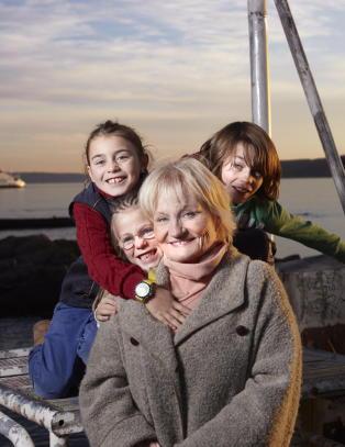 Da TV-profilen Toppen Bech (75) gjorde seg klar til � d�, spurte hun seg selv: N�r var jeg mest lykkelig?