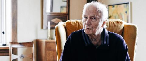 Thorvald Stoltenberg (83) er vill, gal og forelsket
