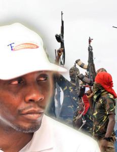 Kidnappet 14 journalister og truer presidenten med krig