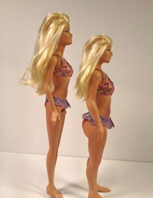 N� har Barbie f�tt strekkmerker, kviser og arr