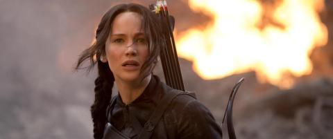 - �The Hunger Games� sier noe mer spennende om samtiden v�r enn �barn dreper barn�