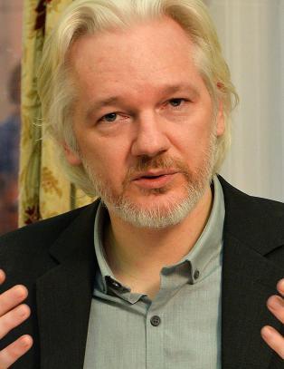 Sverige opprettholder arrestordre p� Assange