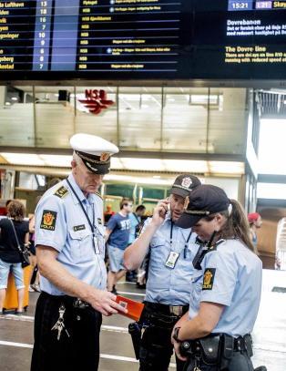 Politiet ber om � f� bli bev�pnet