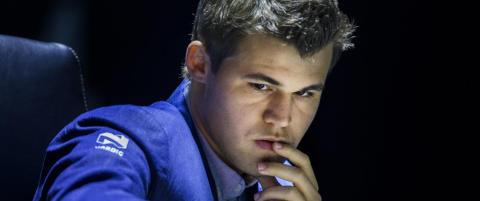 Statsminister Medvedev skal ta det f�rste trekket for Carlsen i morgen