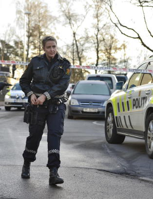 Politiet �nsker � forlenge bev�pningen