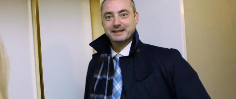 Arbeidsminister Eriksson vil heve aldersgrensa i arbeidslivet til 75 �r
