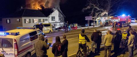 To d�de i eksplosjons- artet brann p� J�rpeland