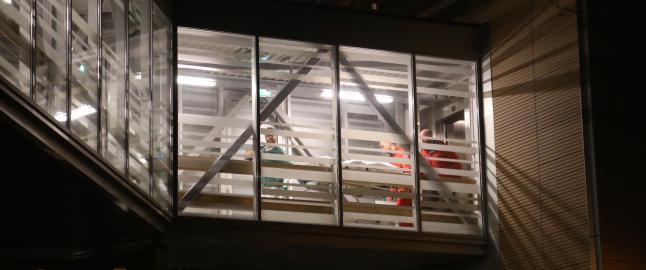 Skutt politimann fraktet til Ullev�l sykehus i luftambulanse