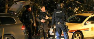 Vinstra-mannen skj�t politimann som l�p fra stedet. Da han overga seg var huset omringet av 50 tjenestemenn