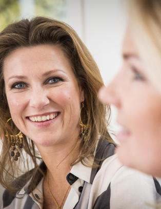 - NRK behandlet M�rtha Louise som kongelig