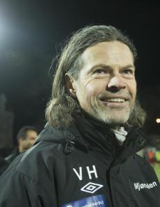 Hansen p� raid i Sverige og Island